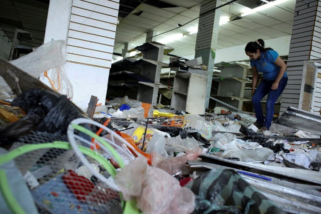 Saqueo en Ciudad Guayana dejo tres negocios destrozados