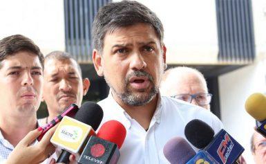 El alcalde Carlos Ocariz tuvo que salir del país por su hijo