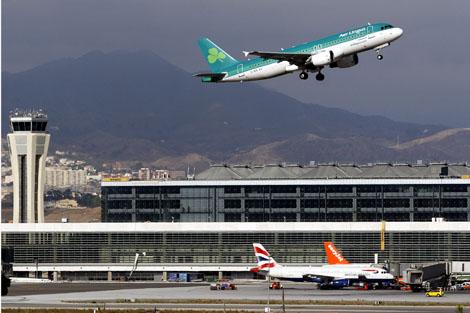 Desviaron ocho vuelos desde el aeropuerto de Málaga por fuertes lluvias