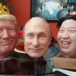 Máscaras de Putin, Trump y Kim Jong-Un causan sensación en California