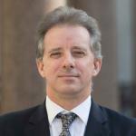 Senadores piden investigación criminal contra el exespía