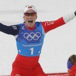 Bjorndalen gana el relevo femenino de 4×5 km gracias a Marit Bjorgen