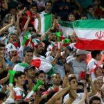 Irán detuvo a dos mujeres por intentar asistir a un partido de fútbol