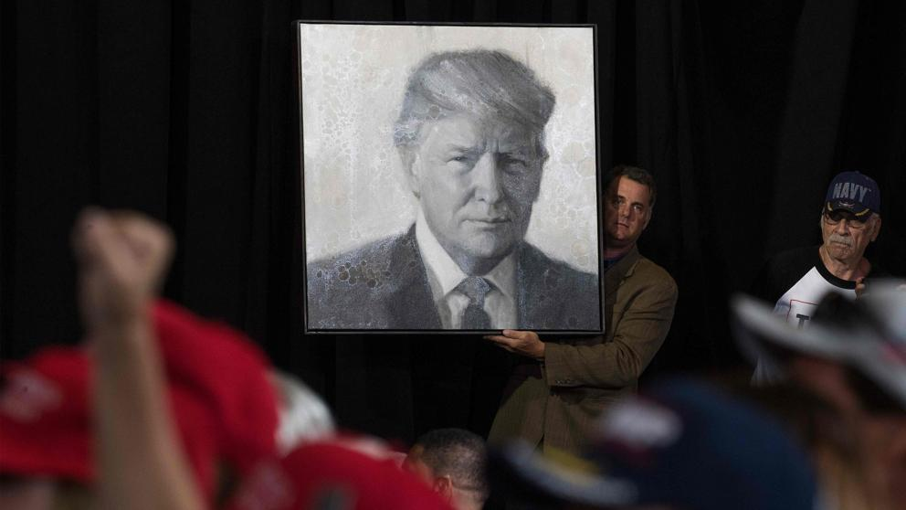 El partido republicano se entrega a Trump mientras mujeres ganan en las primarias