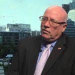 El embajador de USA En Estonia no aprueba comentarios de Trump