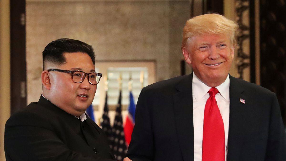 """Trump recibe una carta """"cálida"""" de Kim sobre una nueva cumbre"""