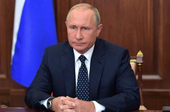 Putin Rusia suaviza las reformas de pensiones después de la protesta