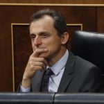 Continúan investigando fiscalmente al Ministro Pedro Duque