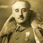 La familia de Franco exige en la exhumación el himno nacional y cañonazos