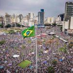 #EleÑao, masiva manifestación en Brasil