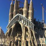 La Sagrada Familia de Barcelona acuerda dinero por falta de licencia