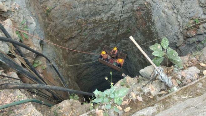 India: intensifican esfuerzos para rescatar a los mineros de carbón atrapados