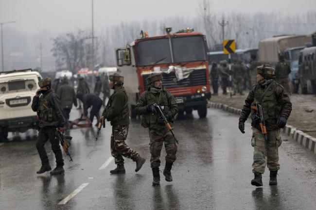 Ataque a Cachemira mata a 18 paramilitares