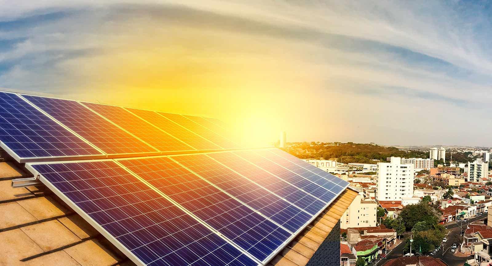Ventajas de instalar paneles solares en Torremolinos